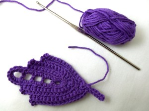 At the stem end, slip stitch into corner (instead of doing the turn-the-corner sequence). Either tie off or chain a stem.