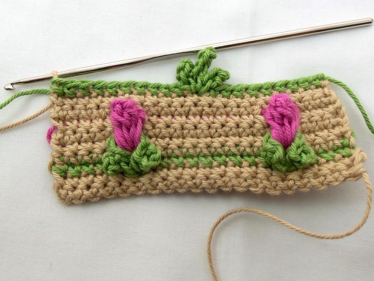 Free Crochet Stitch Pattern Field Of Rosebuds Deborah Lee Soltesz